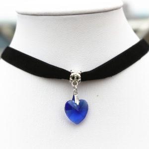 Choker náhrdelník s modrým srdiečkom