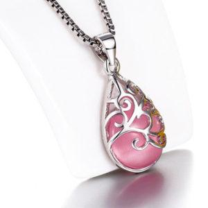 Prívesok v tvare kvapky s ornamentami ružový