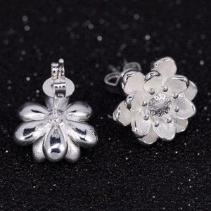 Strieborné náušnice v tvare lotosového kvetu