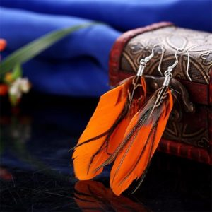 Pierkové indiánske oranžové náušnice