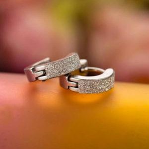 Kruhové náušnice s nehrdzavejúcej ocele a trblietkami