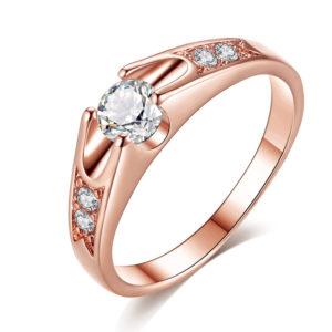 Ružový prsteň so zirkónmi
