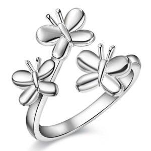 Prsteň s tromi motílikmi
