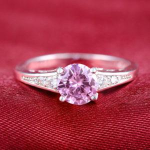 Strieborný prsteň s ružovým zirkónom