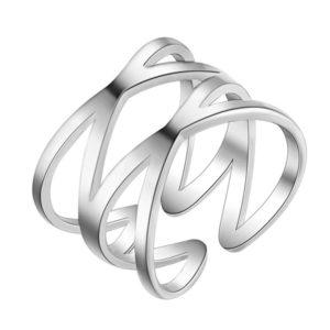 Široký strieborný prepletaný prsteň