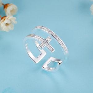 Strieborný dvojitý prsteň s krížikom