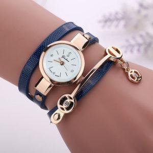 Modré zavinovacie hodinky s ružovým ciferníkom