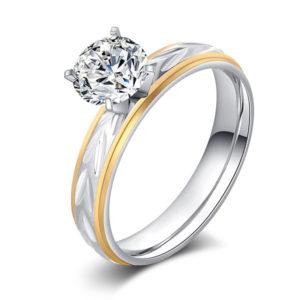Dvojfarebný prsteň z nehrdzavejúcej ocele a kryštálom