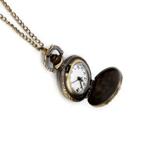 Retiazkové starožitné otváracie hodinky s koňmi