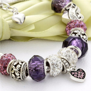 Náramok s fialovými kryštálmi a srdiečkom