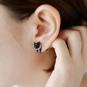 Čierna mačka - náušnica na jedno ucho