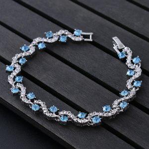 Elegantný náramok s modrými kryštálmi