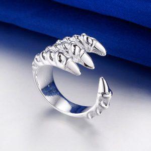 Trendový prsteň s dračími pazúrmi