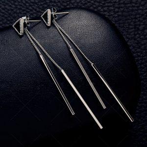 Štýlové náušnice s dvoma visiacimi paličkami