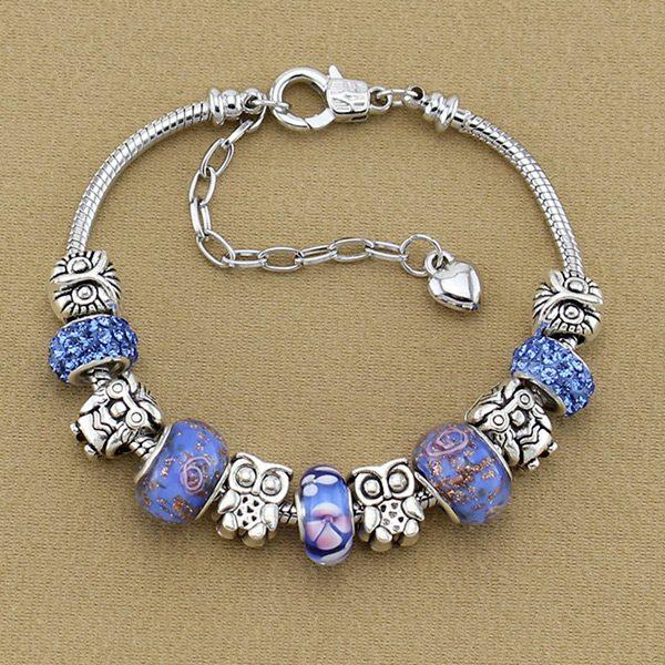 Modro-strieborný náramok s ozdobami
