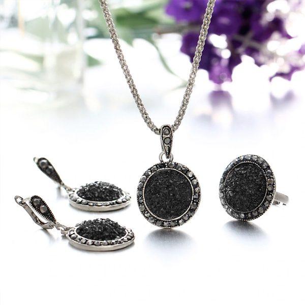 Elegantný 3-set z veľkých čiernych kryštálikov