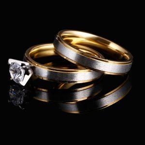 Set prsteňov s kryštálom v zlatej a striebornej farbe