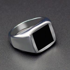 Pánsky prsteň s čiernym štvorcom