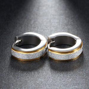 Malé okrúhle náušnice z ocele so zlatým pásom