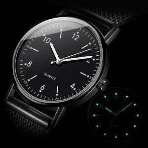 Štýlové dámske čierne hodinky