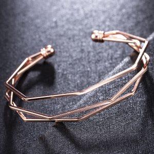 Štýlový geometrický náramok - ružový