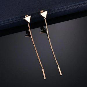 Štýlové dlhé náušnice s trojuholníkom - zlaté