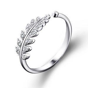 Elegantný prsteň s lístkami